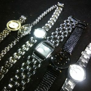Women's wrist watches lot used wholesale